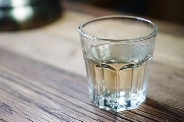 コップ一杯のお水